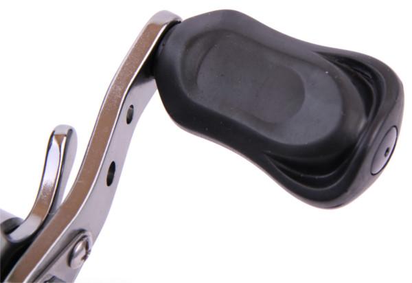 Moulinet Casting DMK avec pas moins de 10+1 roulements + 150m Tresse Ultimate Pro-8 Braid