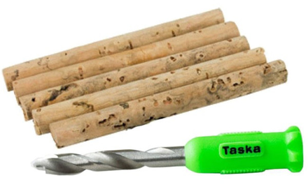 Taska Nut Drill & 5 Cork Sticks