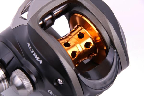 Moulinet Casting DMK noir avec pas moins de 9+1 roulements + 150m Tresse Ultimate Power