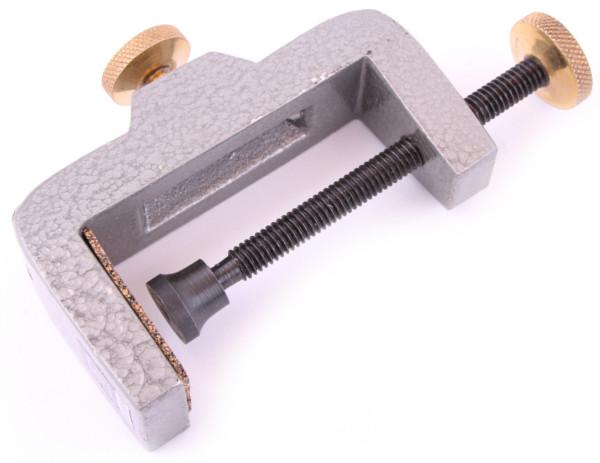 Outils de haute qualité pour la fabrication de vos mouches (choix entre 34 options) - Clamp Base