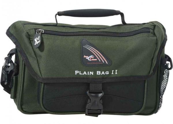 Iron Claw Plain Bag II avec 3 boites de pêche